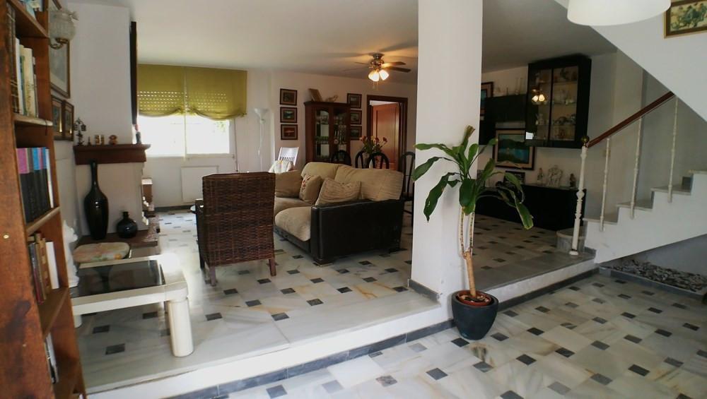 Ref:R3063010 Villa - Detached For Sale in San Luis de Sabinillas