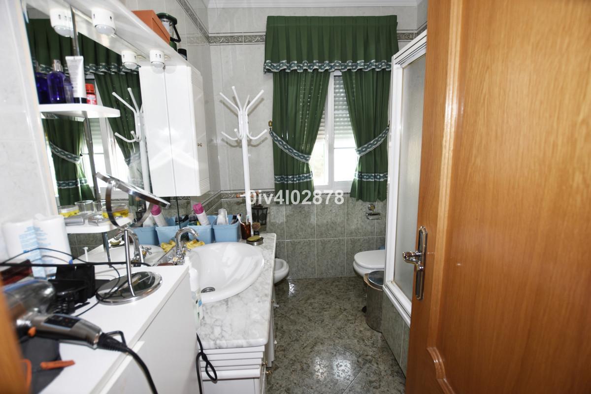 House in Arroyo de la Miel R3862180 32