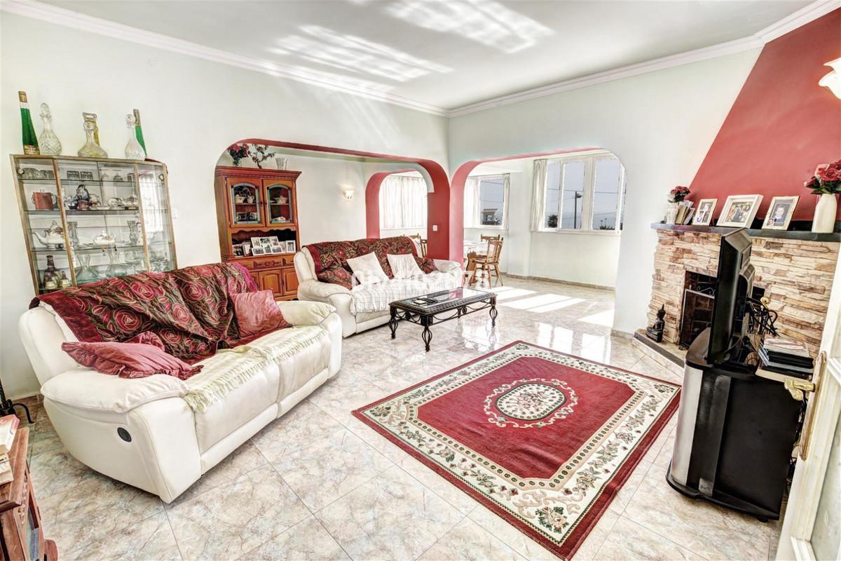 Villa Detached Benalmadena Costa Málaga Costa del Sol R3369805 4
