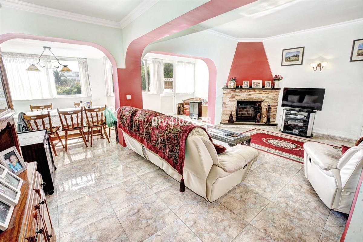 Villa Detached Benalmadena Costa Málaga Costa del Sol R3369805 5