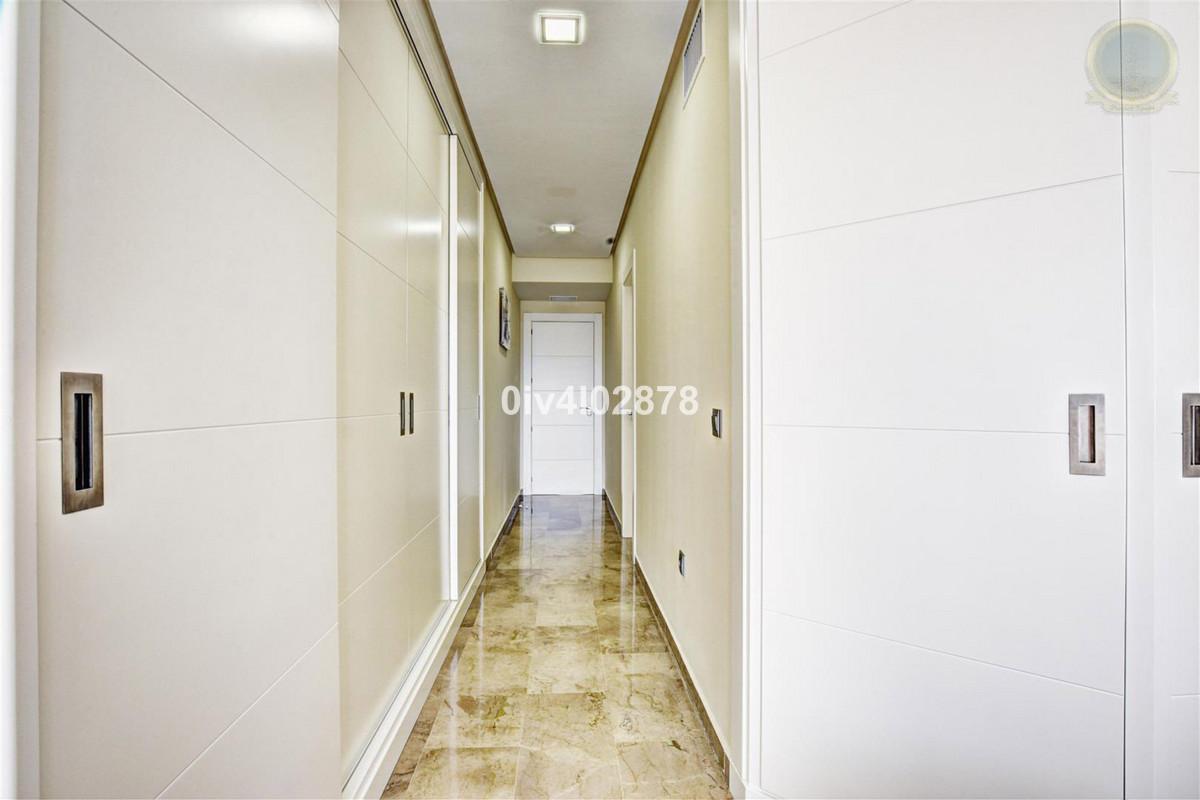 Apartment Middle Floor Torrequebrada Málaga Costa del Sol R2997965 8
