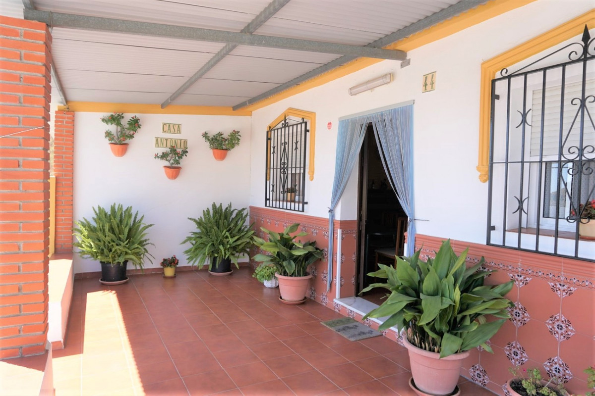 Sale, Duplex, Vinuela, Malaga, Andalusia Two houses under one roof! Rare opportunity to purchase a v,Spain