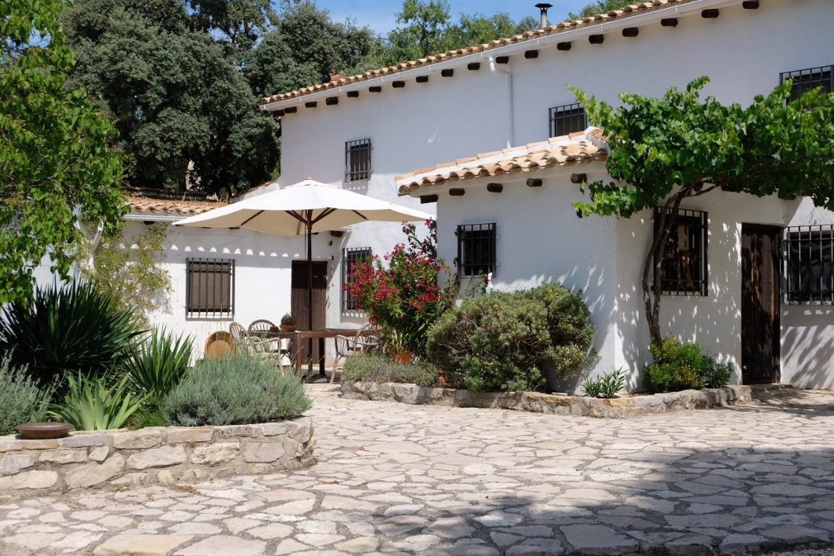 Sale, Finca/Cortijo, Montefrio, Granada, Andalusia Finca Ann Dalucia... an idyllic retreat in the he,Spain