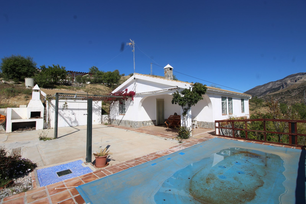 Great Finca in the area of Sedella. The property has a total construction of 160 m2 on a plot of 7.5,Spain