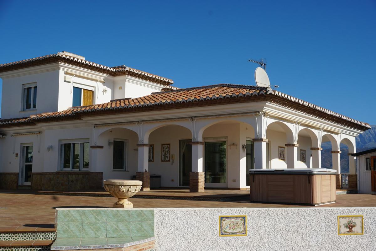 Villa - Almayate