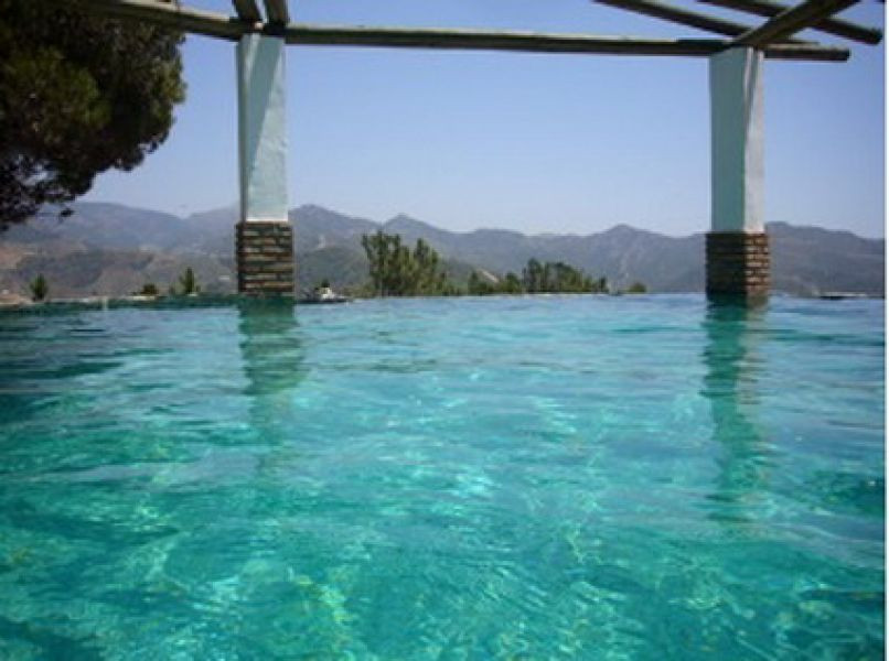 Sale, Finca, Canillas de Albaida, Malaga Take a look at this fantastic 3190 m² estate. It has a vill,Spain