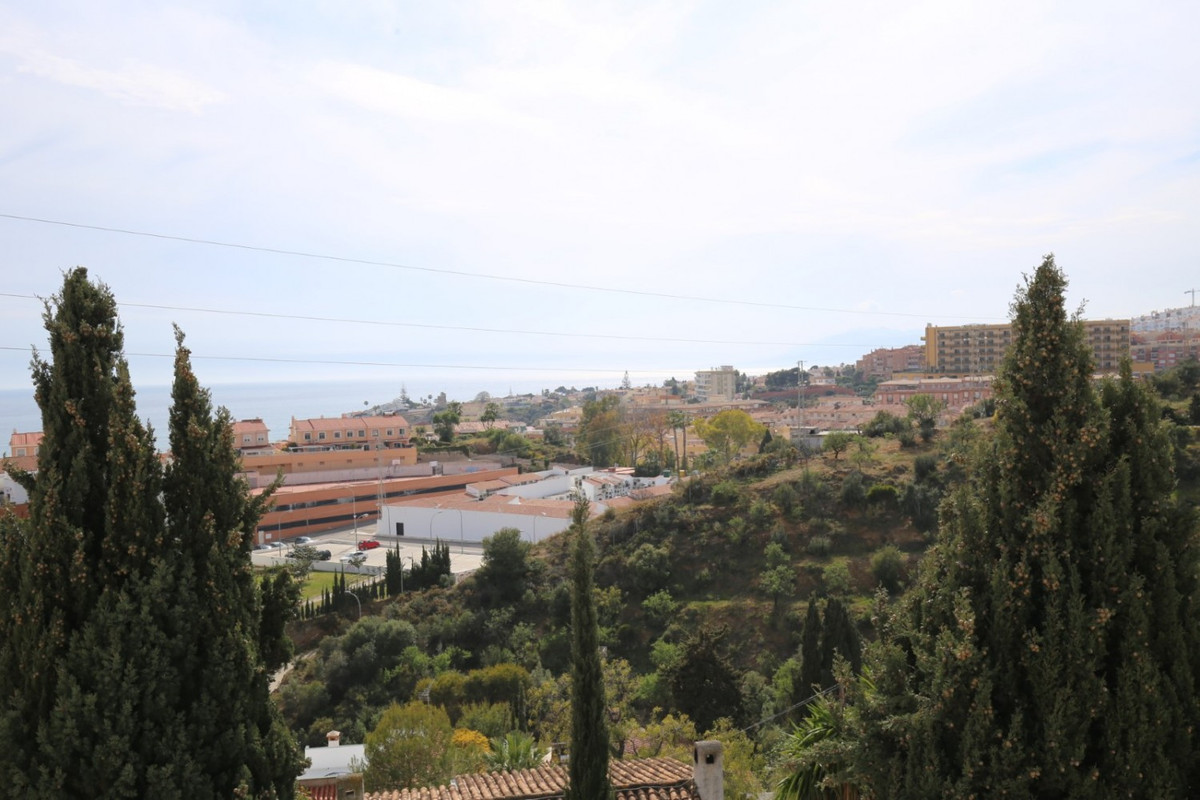 Wonderful Villa in the municipality of Rincon de la Victoria. The property has a total construction ,Spain