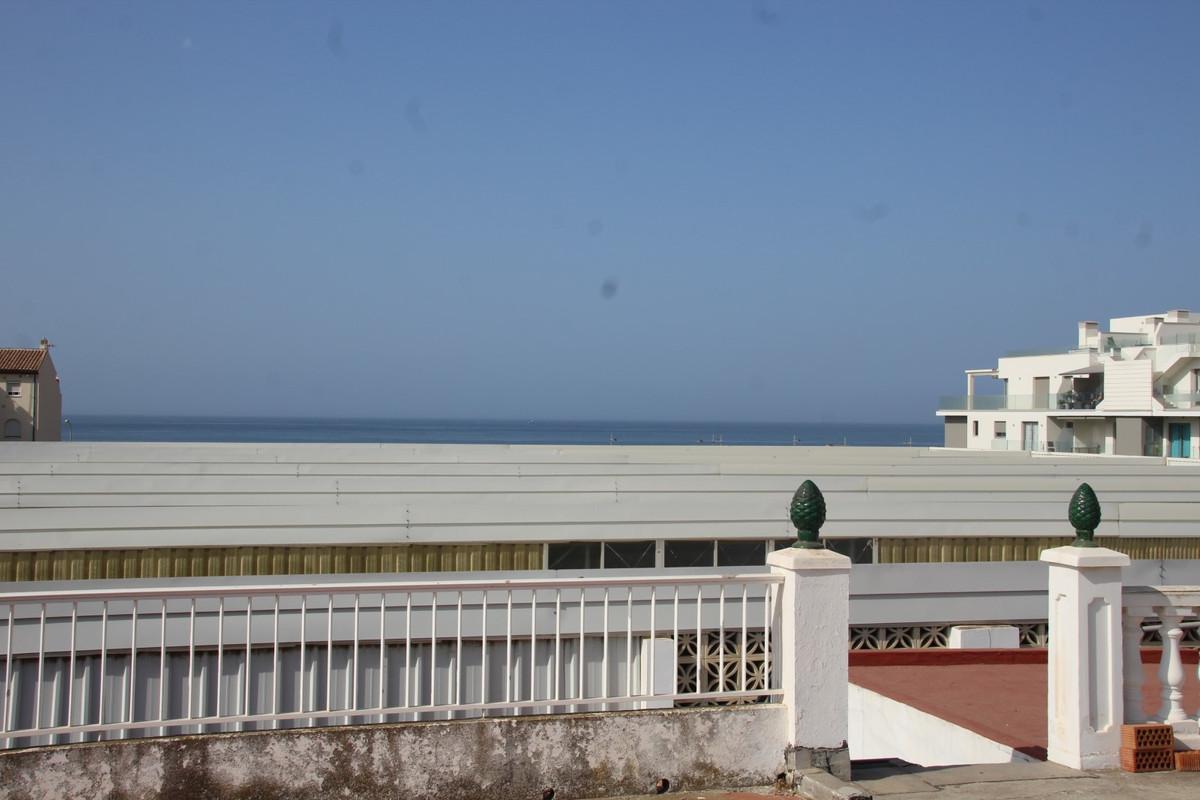Sale, Apartment, Torrox-Costa, Malaga, Andalucia  Apartment to reform in the town of Torrox Costa. T,Spain