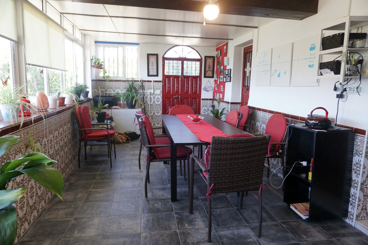 Sale, Semi-deed, Velez-Malaga, Malaga, Andalucia  Renovated Finca near Velez-Malaga  Located just 5 ,Spain
