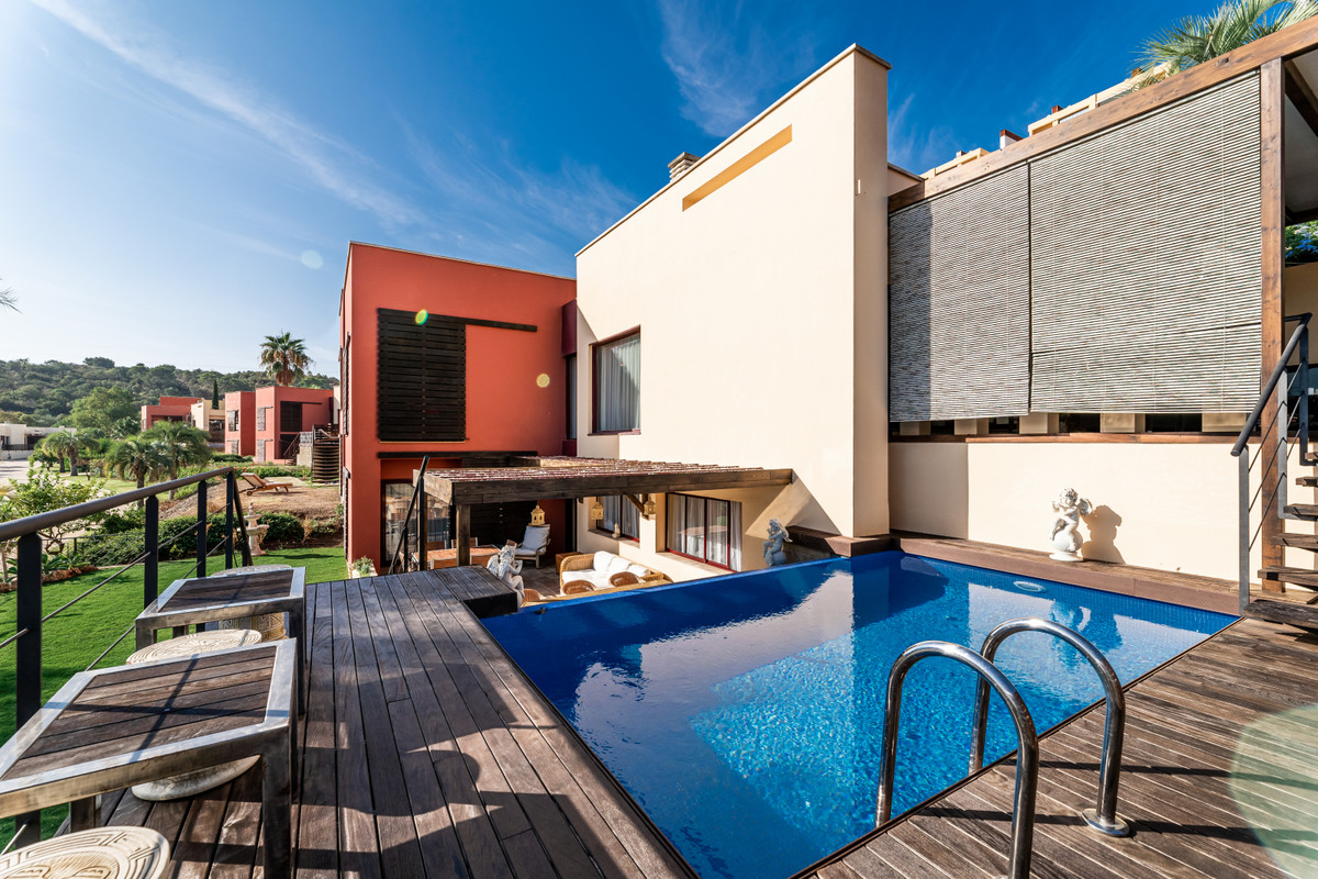 Villa in Benahavis