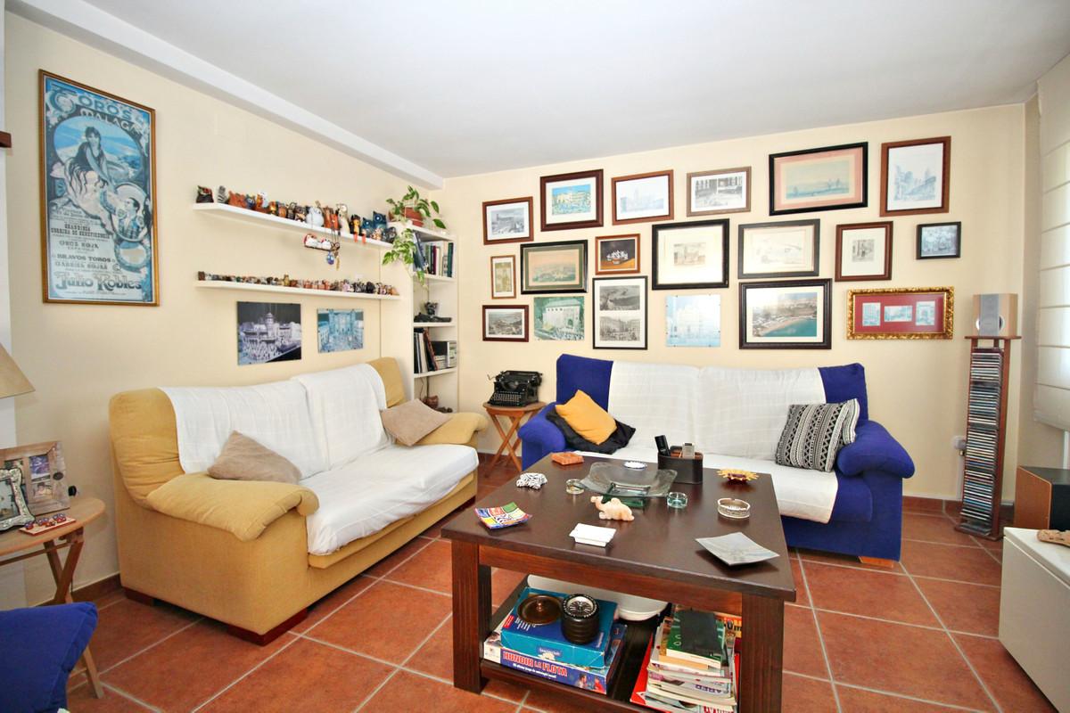 House in Alhaurín de la Torre R3524356 35