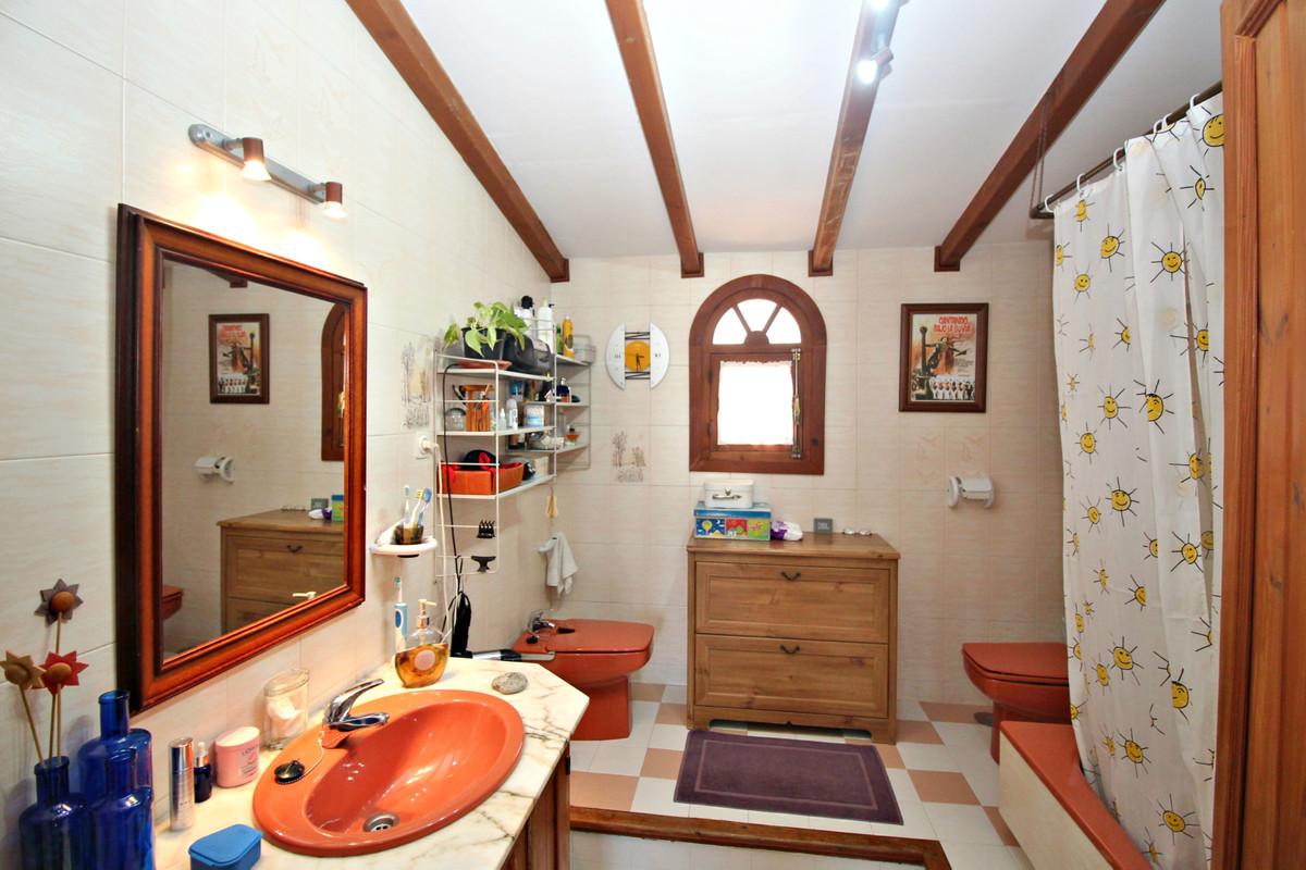 House in Alhaurín de la Torre R3524356 38
