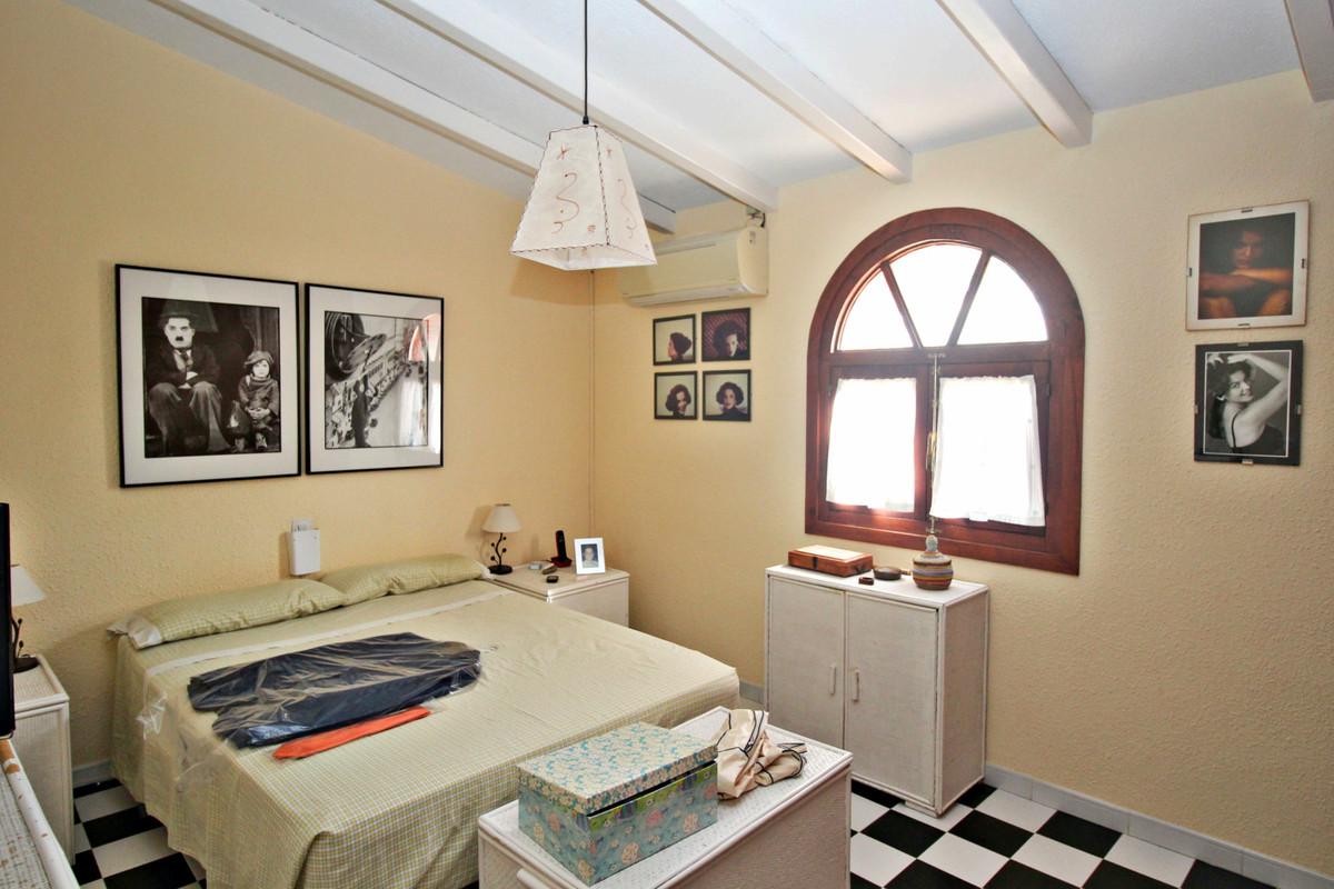 House in Alhaurín de la Torre R3524356 44