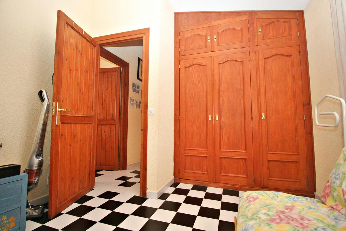 House in Alhaurín de la Torre R3524356 47