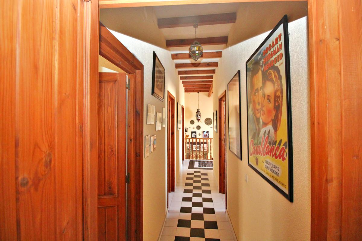 House in Alhaurín de la Torre R3524356 50