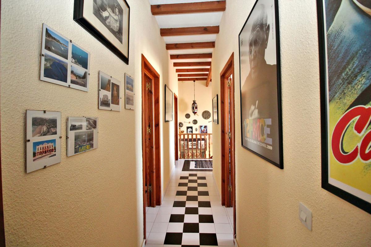 House in Alhaurín de la Torre R3524356 52