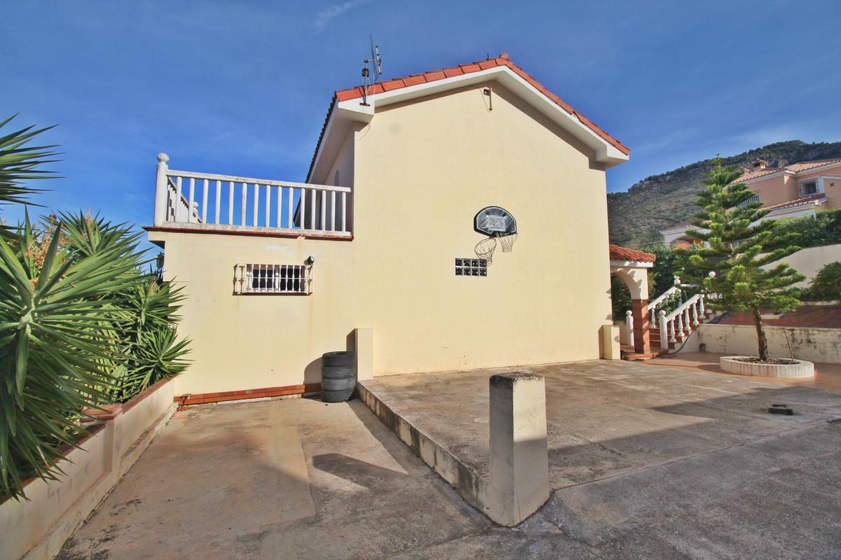 House in Alhaurín de la Torre R3524356 7
