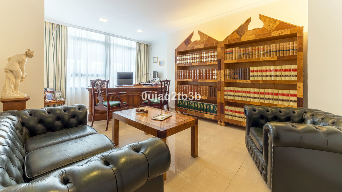 New to the market. Stunning ample office in Marbella's financial district. Very well located cl,Spain