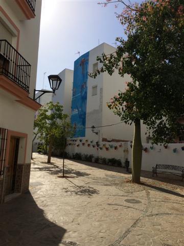 Middle Floor Apartment - Estepona