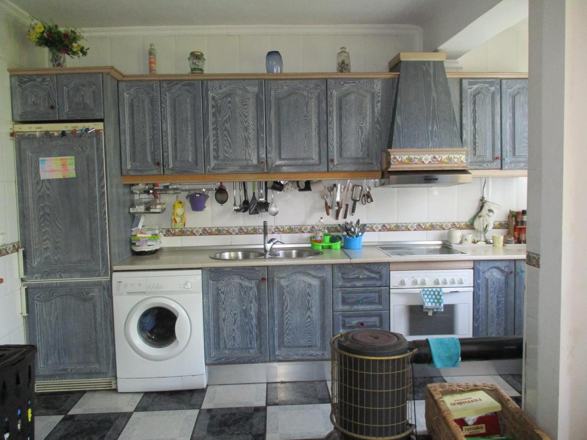Middle Floor Apartment - Benalmadena
