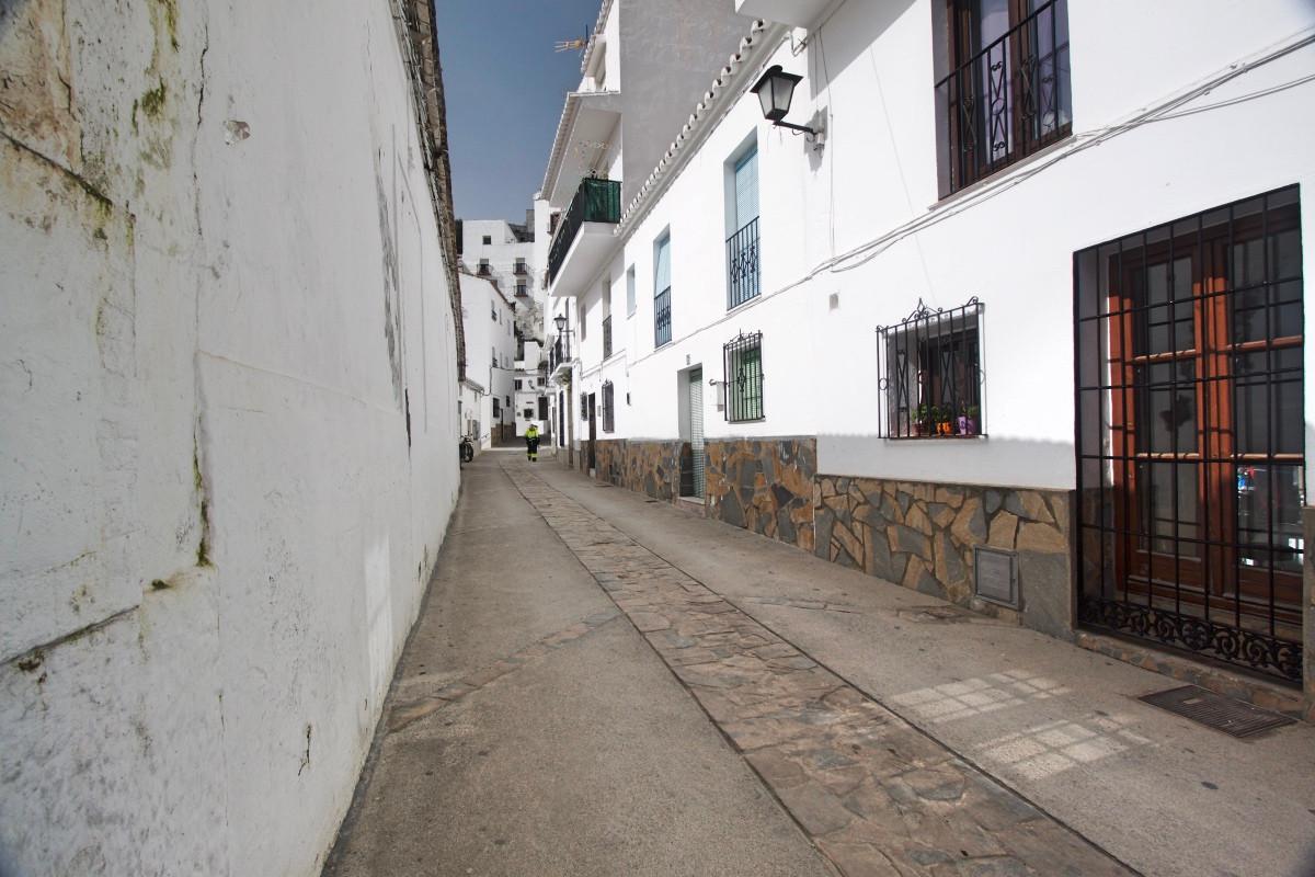 Terraced House - Casares Pueblo