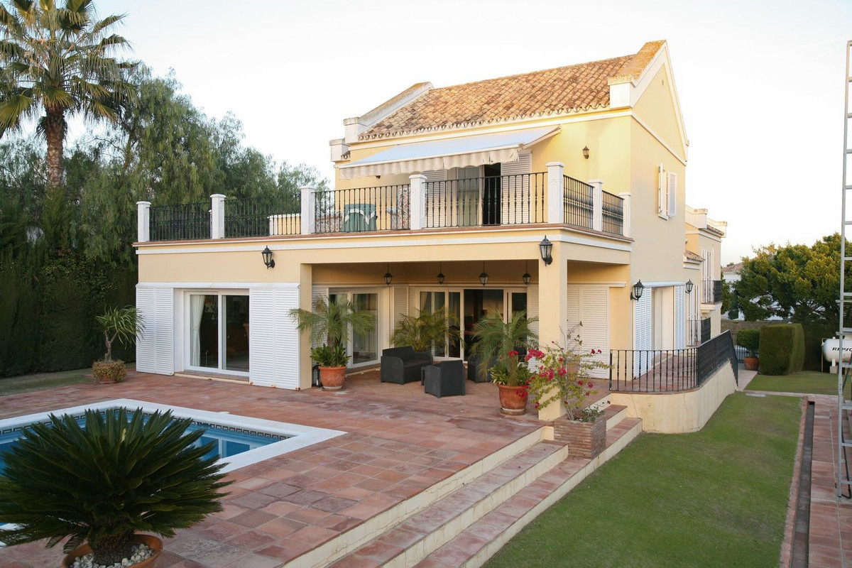 Four bedroom villa in the sought-after area of Kings and Queens in Sotogrande Costa. The property fe,Spain