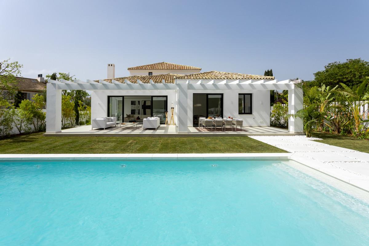 Villa, Detached  for sale    en Guadalmina Baja