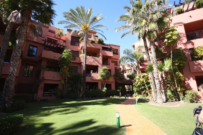 Apartment  Middle Floor for sale   in El Rosario