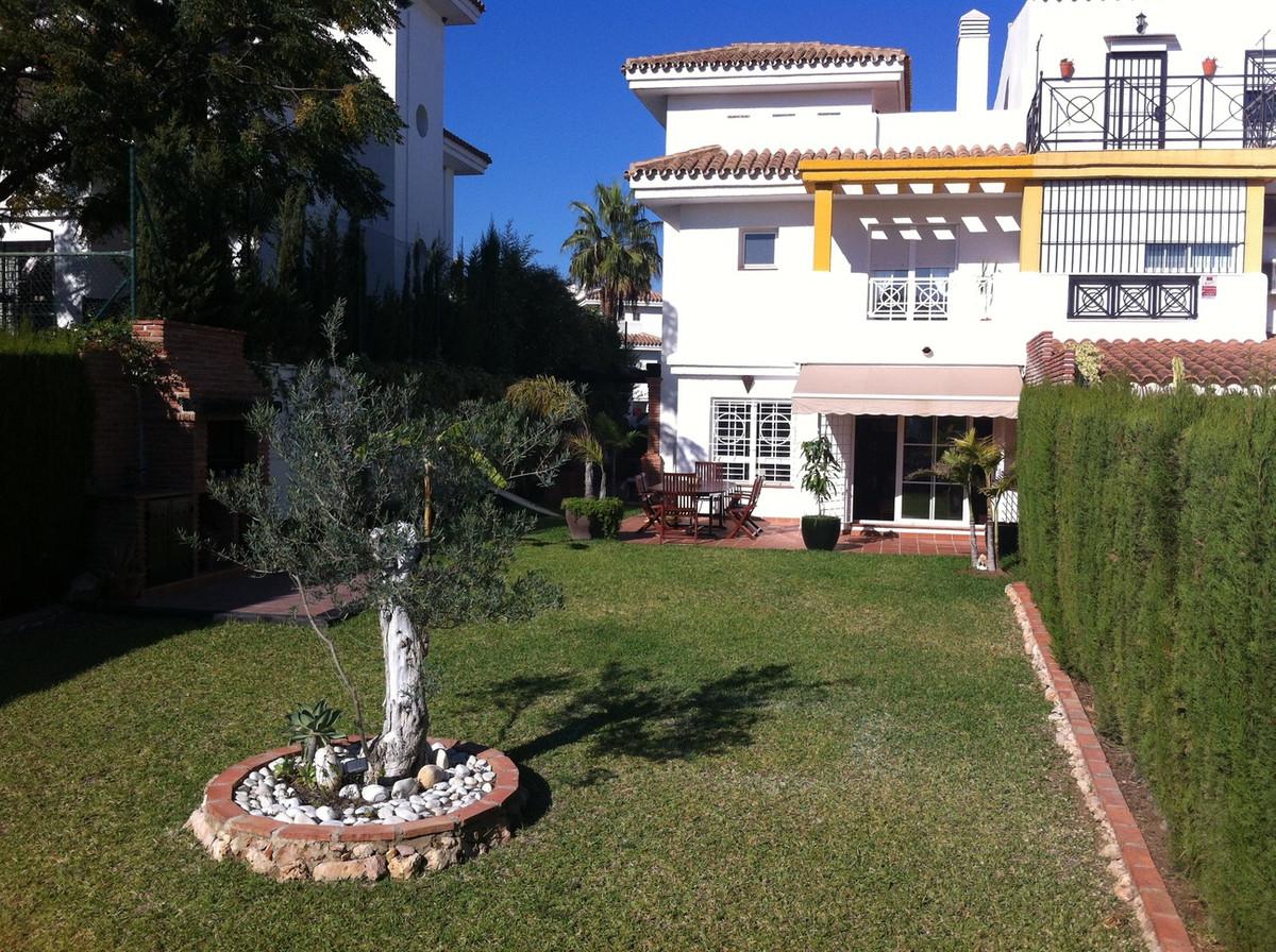 Villa  Semi Individuelle en vente   à Benalmadena