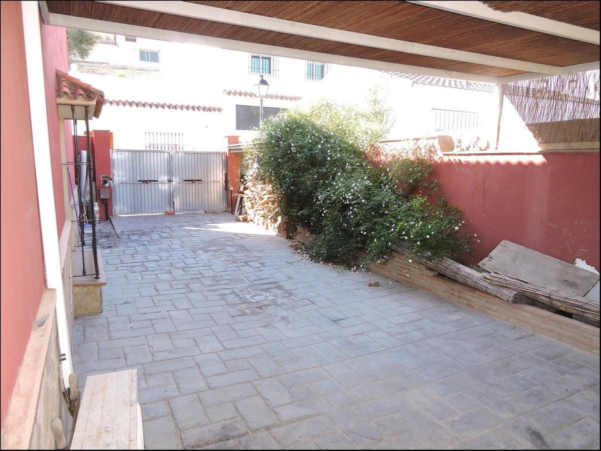 Villa  Individuelle en vente   à Guadiaro