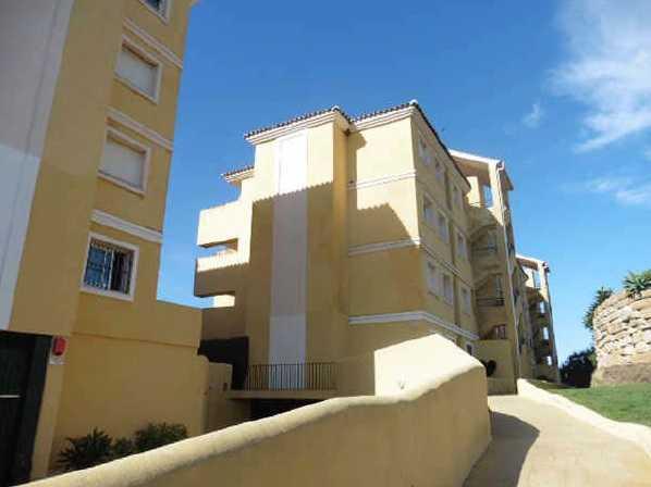 Apartment  Middle Floor  in Mijas Golf