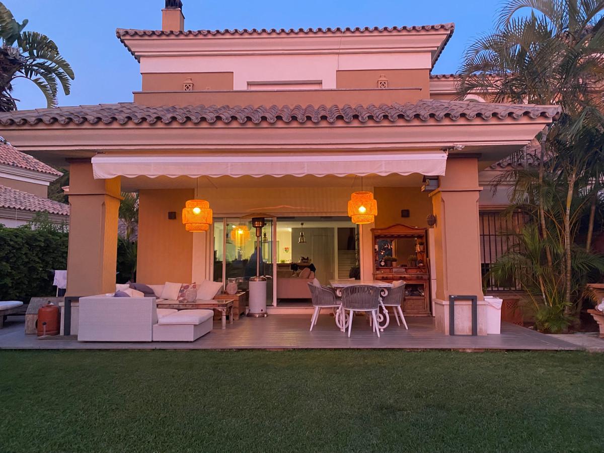 Villa Semi Detached in Santa Clara, Costa del Sol