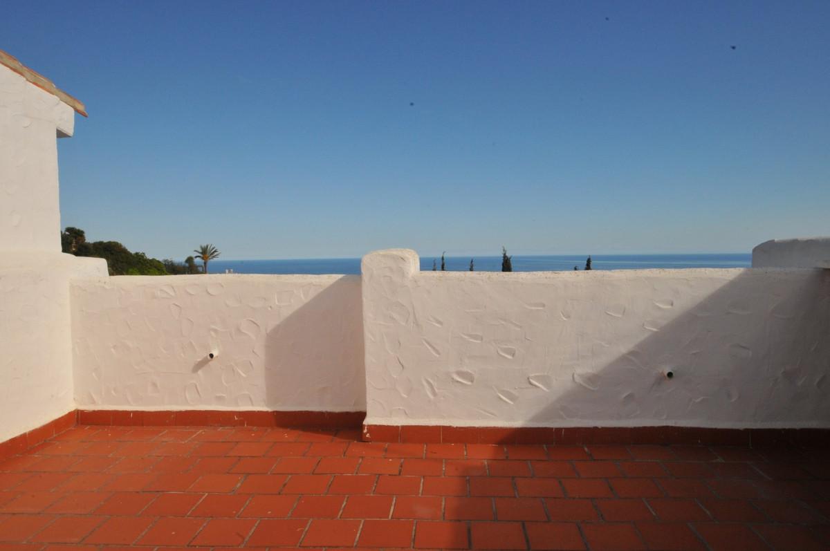 Unifamiliar Adosada en Altos de los Monteros, Costa del Sol