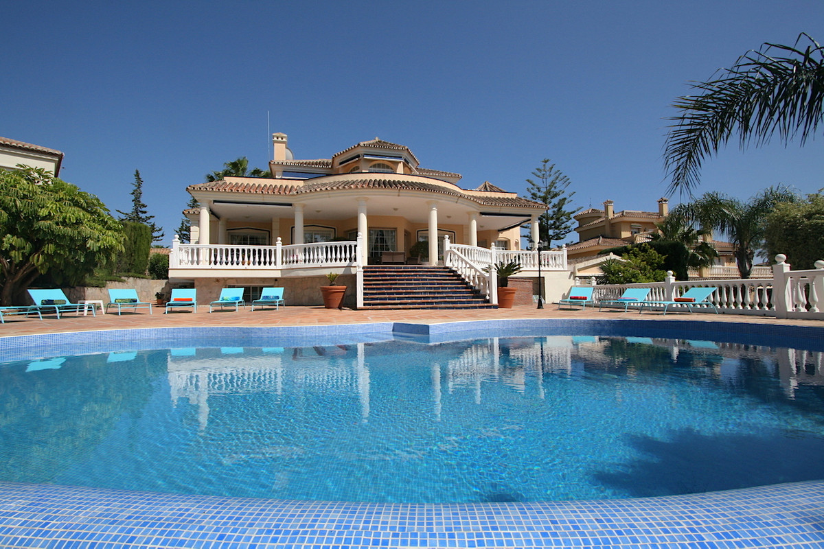 Villa  Detached for sale   in Mijas Golf