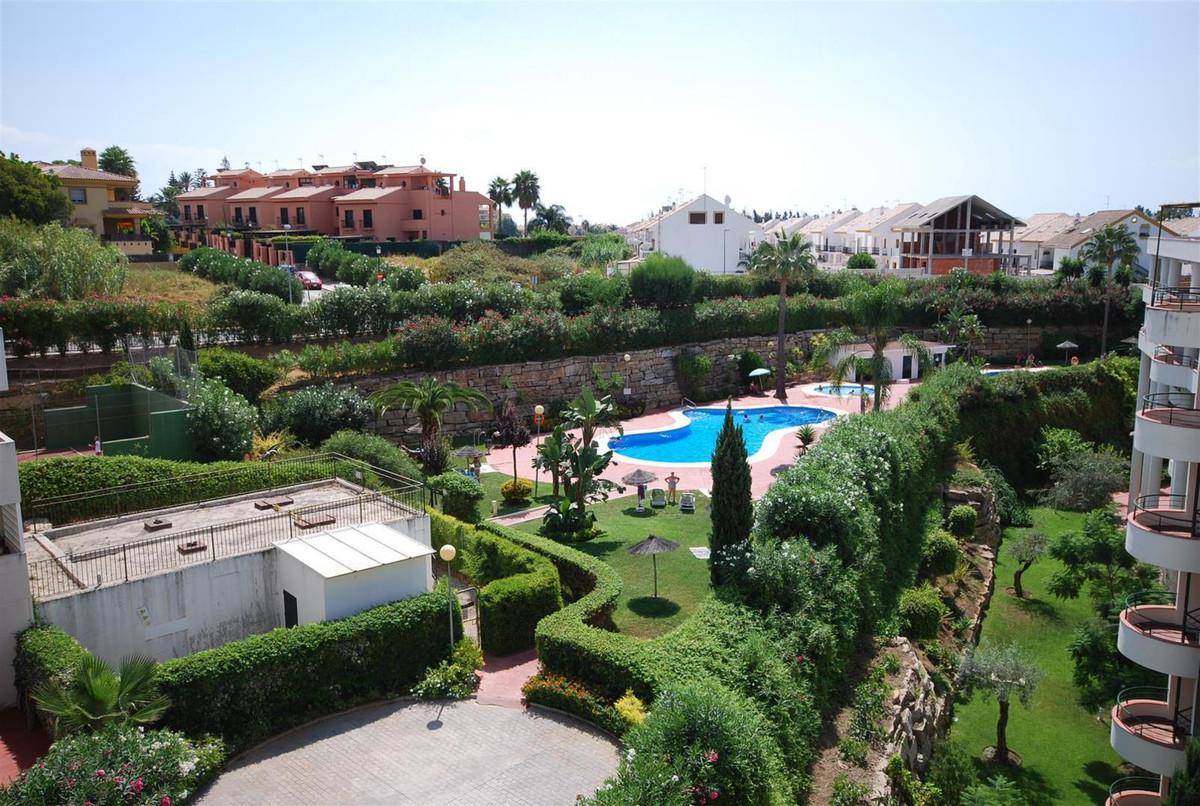 Apartment Penthouse in Guadalmina Alta, Costa del Sol