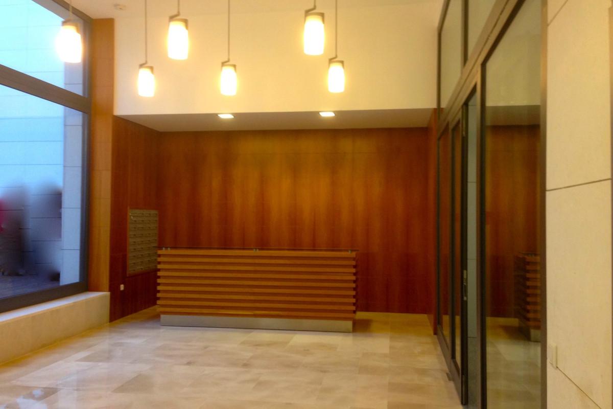Commerce, Bureau  en vente    à Malaga Este