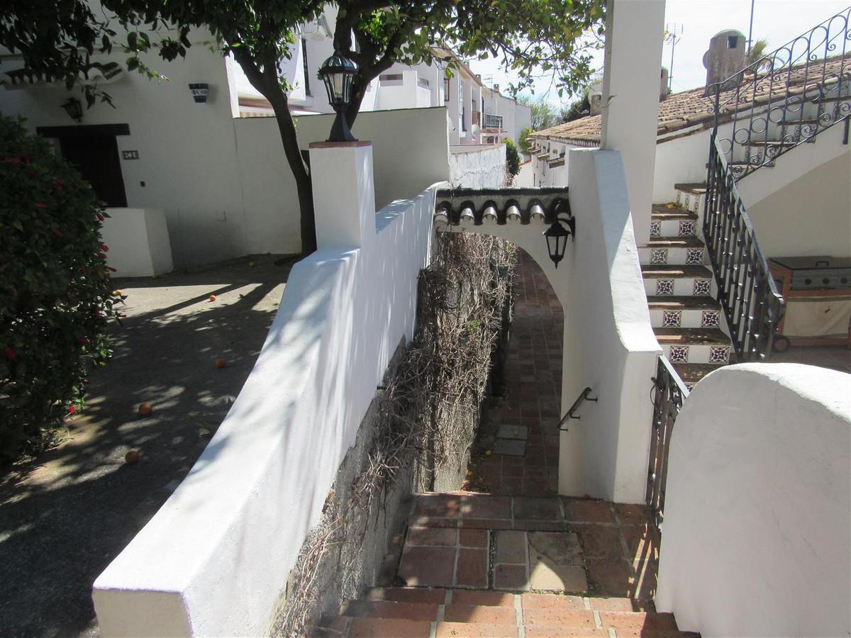 Maison Jumelée  Mitoyenne en vente   à Mijas Costa
