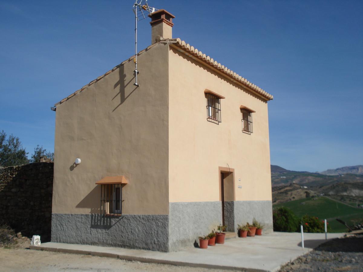 Villa  Finca en venta   en Alora