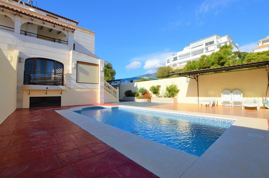 Villa  Semi Individuelle en vente   à Benalmadena Costa