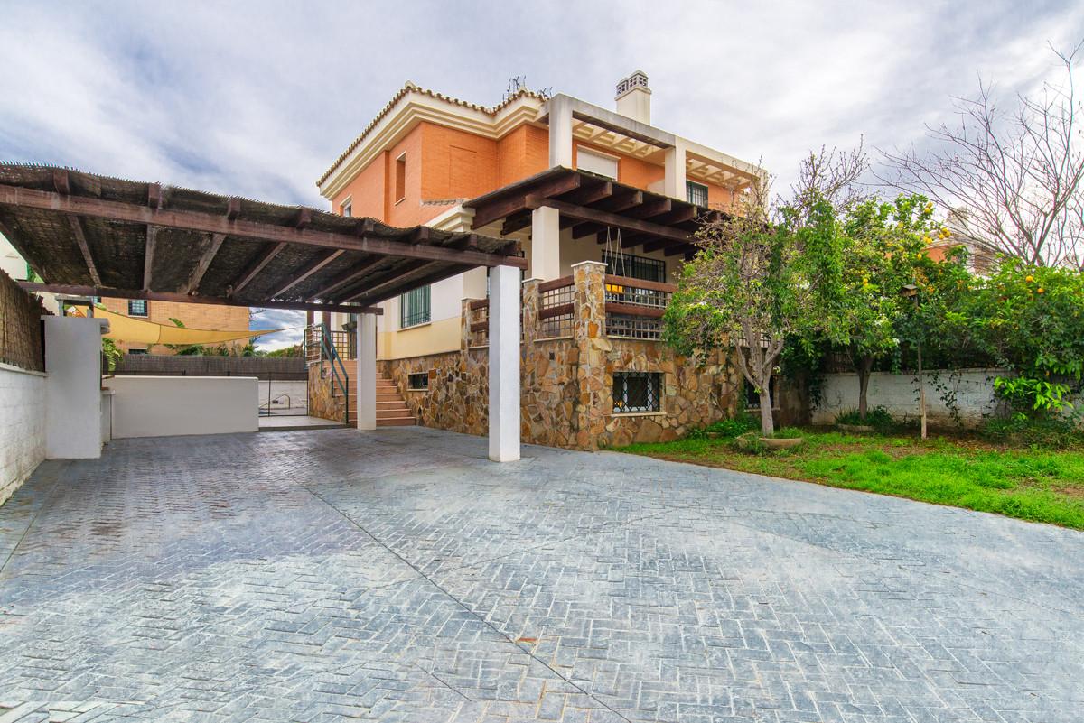 Villa  Semi Individuelle en vente   à Málaga