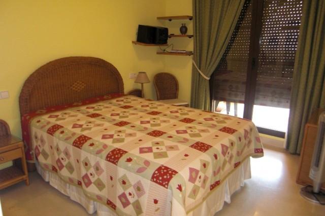 Apartment Ground Floor in Benahavís, Costa del Sol