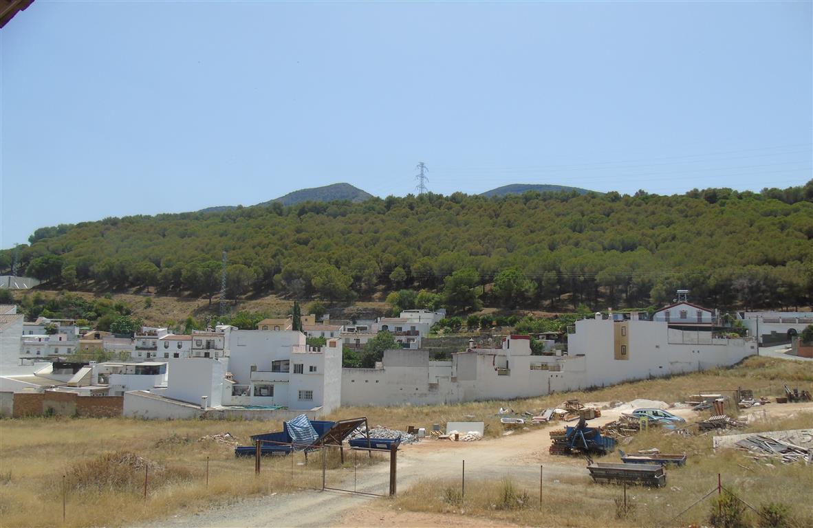 Villa  Semi Detached for sale   in Alhaurín el Grande