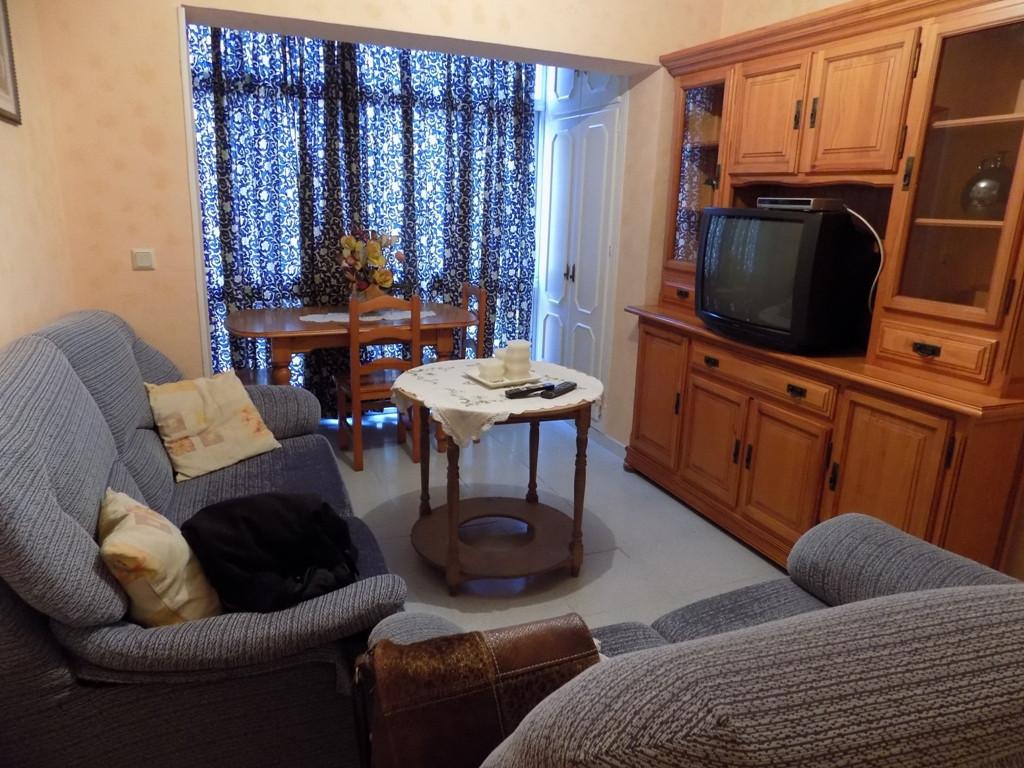 Apartamento, Planta Media  en venta    en Coín
