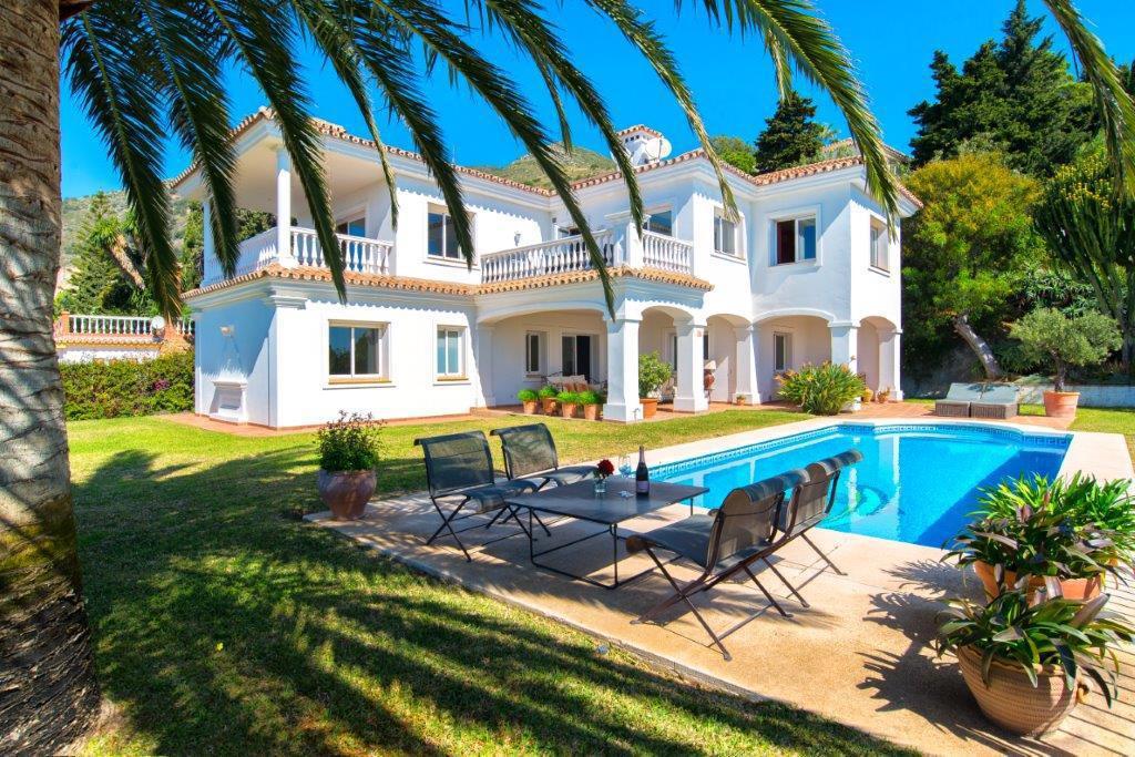 Villa  Detached for sale   in Benalmadena Costa