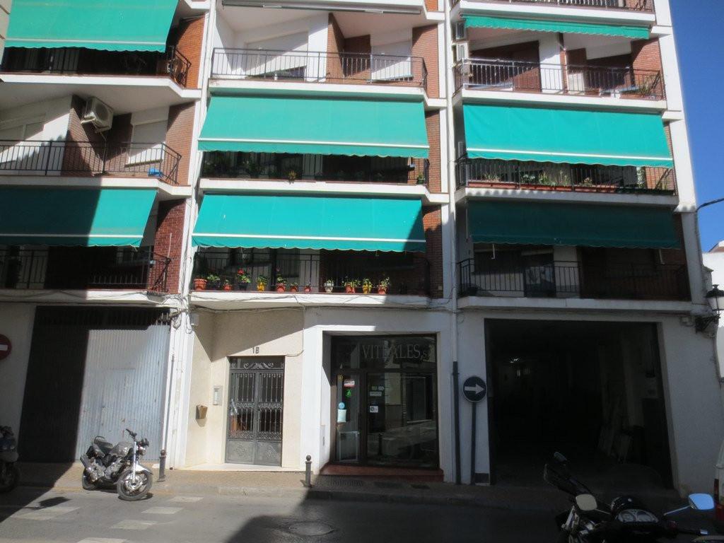 Apartamento, Planta Media  en venta    en Antequera