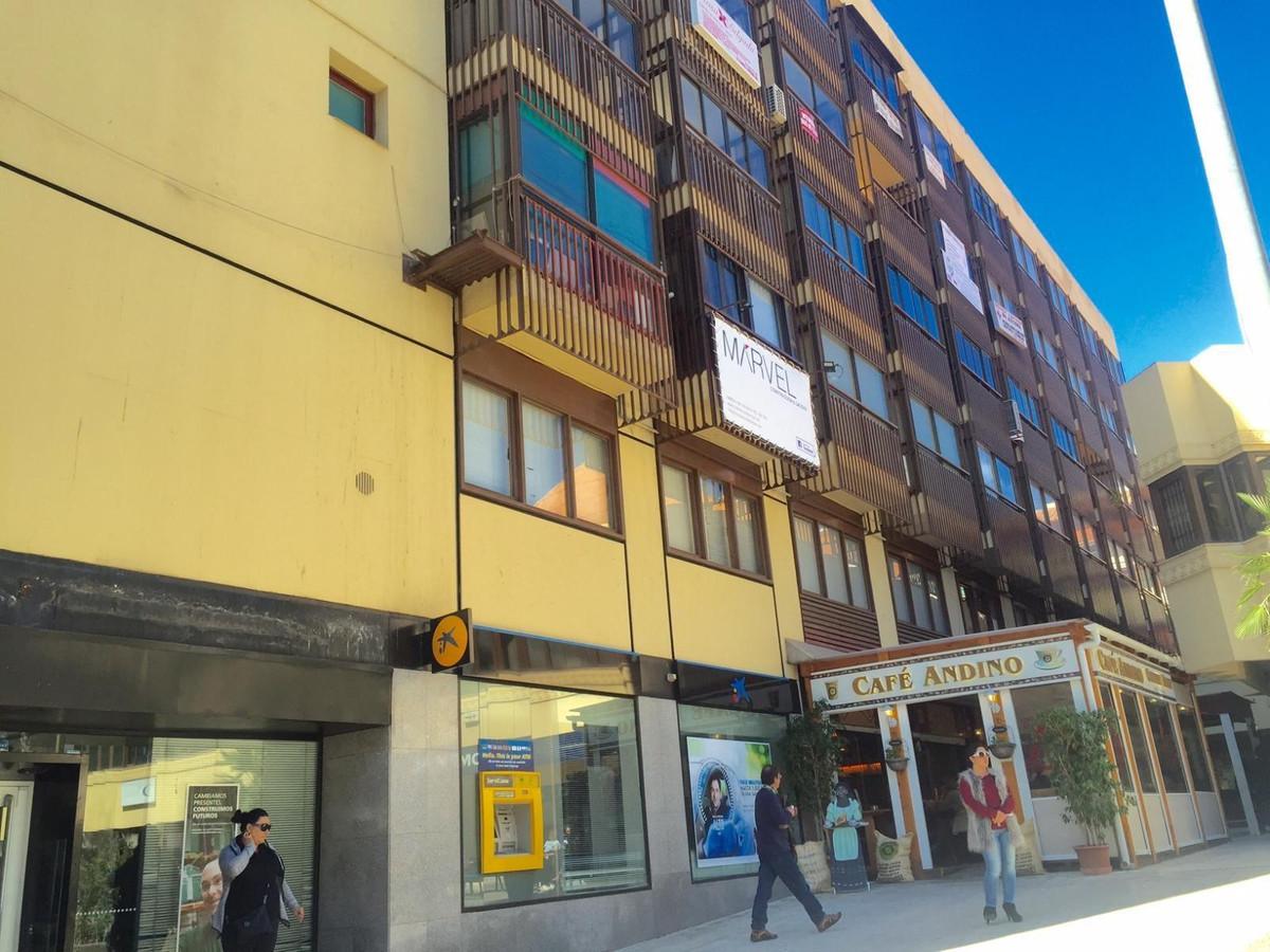 Oficina  en venta    en Fuengirola