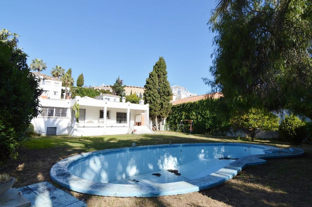 Villa  Individuelle en vente   à Puerto Banús