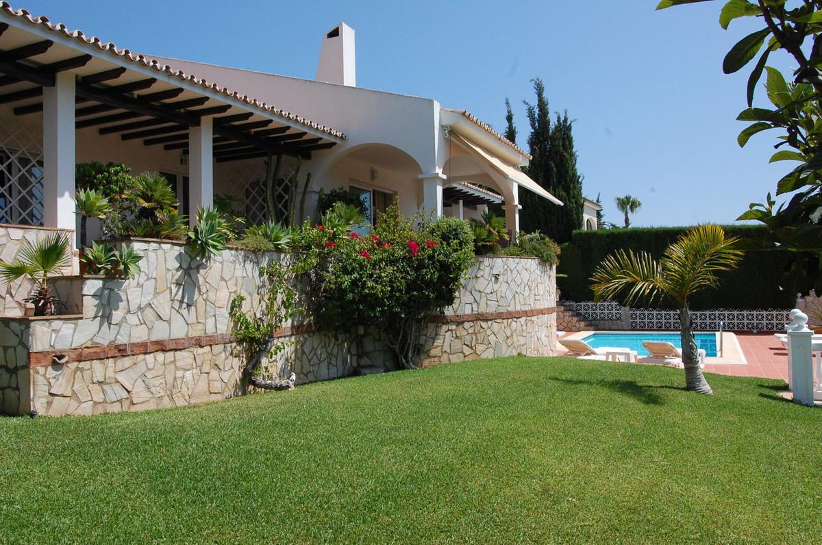 Villa  Individuelle en vente   à Torrequebrada
