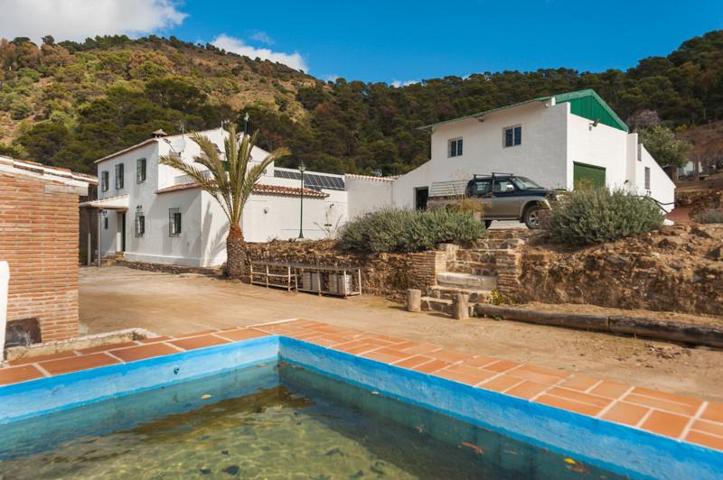 Villa  Finca for sale   in Málaga