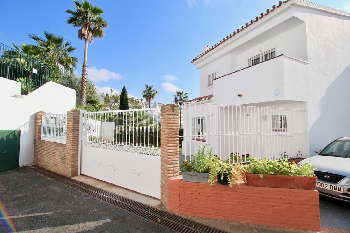 Villa  Semi Individuelle en vente   à Torrequebrada